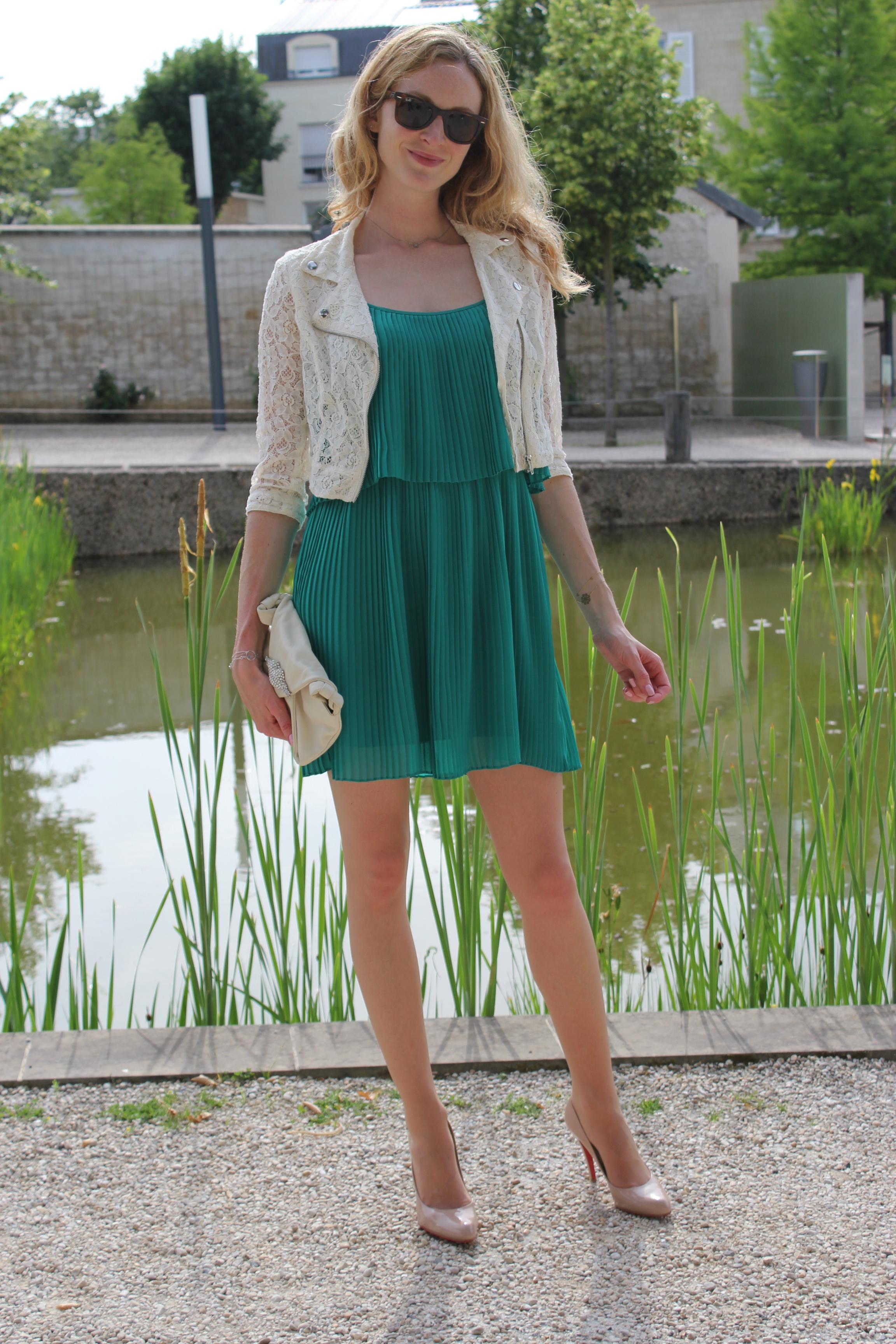 Robe pliss soleil une parenth se mode for Robes vertes pour les mariages